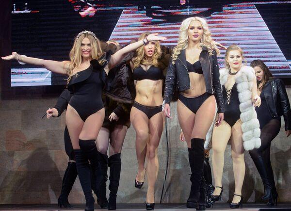 Účastnice finále soutěže Top modelka Ruska 2017 a Top modelka PLUS 2017 - Sputnik Česká republika