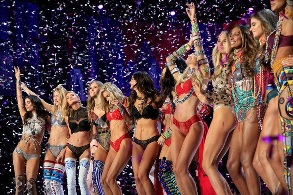 Modelky po skončení show Victoria's Secret v Šanghaji, Čína - Sputnik Česká republika