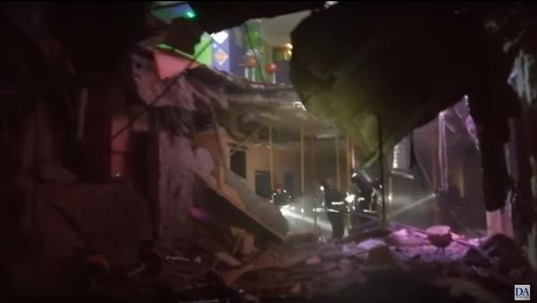 V nočním klubu na Tenerife se propadla podlaha, 22 lidí utrpělo zranění. Video - Sputnik Česká republika