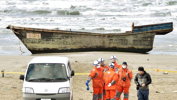 K japonskému pobřeží připlul člun s mrtvolami - Sputnik Česká republika