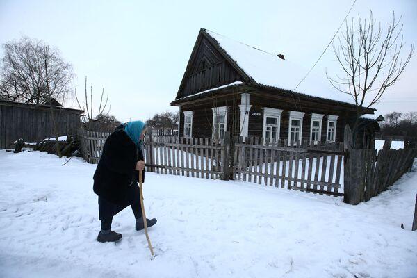 Běloruští vesničané dávají přednost tvrdé práci na poli. - Sputnik Česká republika