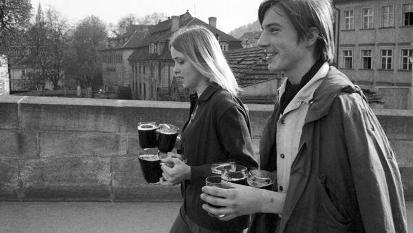 Mládež na ulici v Praze, 1969 - Sputnik Česká republika