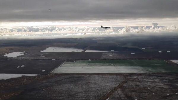 Mráz není překážkou: ruská armáda zahájila zimní sezónu - Sputnik Česká republika