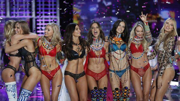 Modelky značky Victoria's Secret  - Sputnik Česká republika