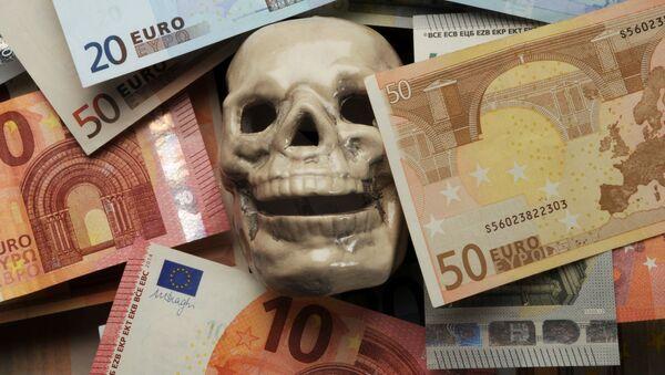 Lebka mezi eury - Sputnik Česká republika