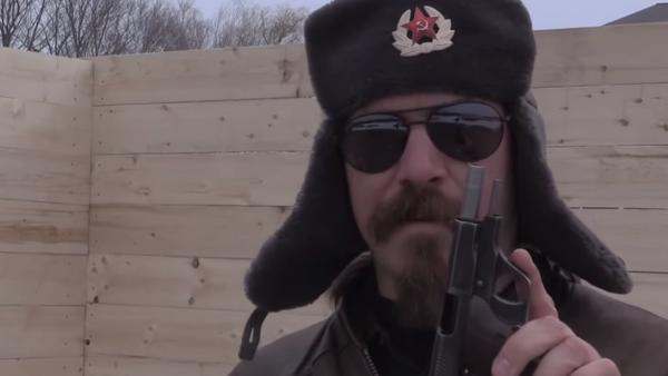 Brutální muž v beranici - Sputnik Česká republika