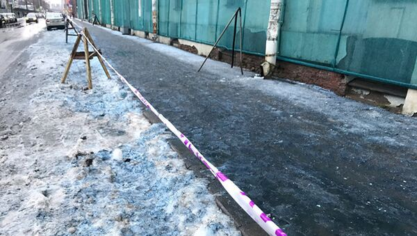 Modrý sníh v Petrohradě - Sputnik Česká republika