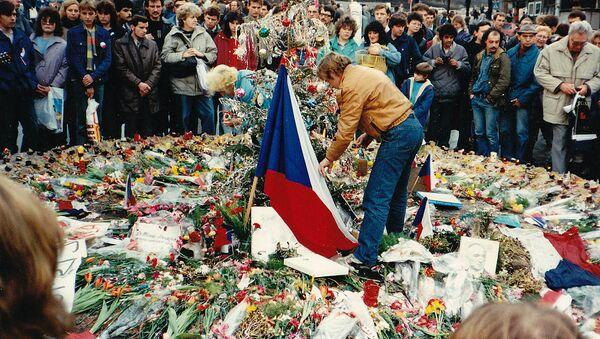 Protesty proti rozpadu Československa - Sputnik Česká republika