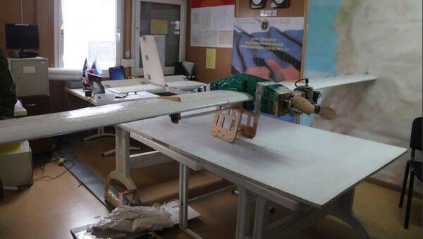 Dron použitý k útoku na Hmeimim a Tartus - Sputnik Česká republika