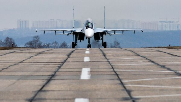 Tréninkové lety stíhacího leteckého pluku Západního vojenského okruhu - Sputnik Česká republika