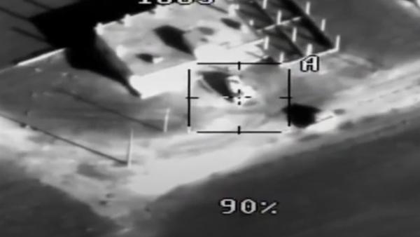 Ministerstvo obrany publikovalo video likvidace ozbrojenců útočících na Hmeimim - Sputnik Česká republika