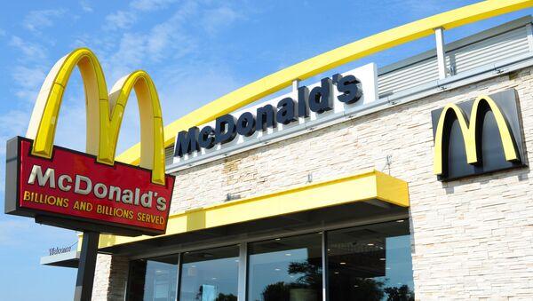 Ресторан McDonald's в США - Sputnik Česká republika