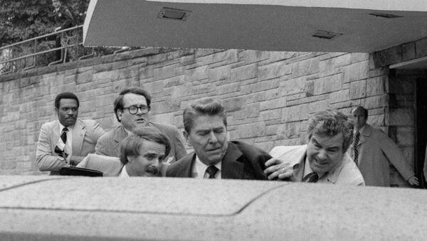 Atentát na prezidenta USA Ronalda  Reagana , 1981 - Sputnik Česká republika
