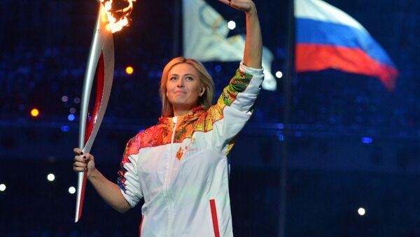 Maria Šarapovová s ruskou vlajkou - Sputnik Česká republika