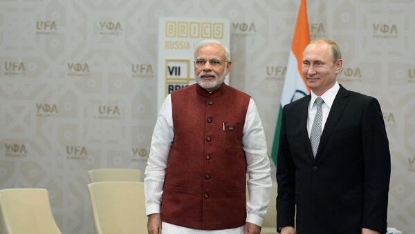 Indický premiér Nárendra Módí a ruský prezident Vladimir Putin - Sputnik Česká republika