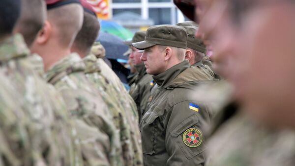 Ukrajinští a američtí vojáci - Sputnik Česká republika