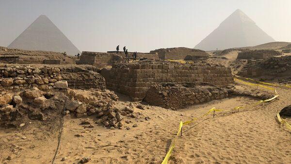 V Egyptě objevily starobylou hrobku vysoké úřednice - Sputnik Česká republika
