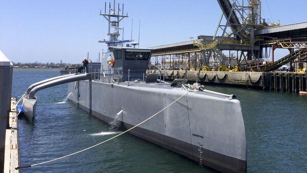 Bezpilotní člun Sea Hunter - Sputnik Česká republika