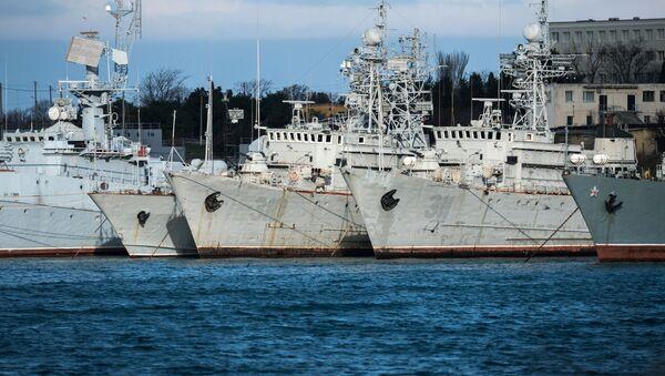 Ukrajině patřící vojenské lodě na Krymu - Sputnik Česká republika