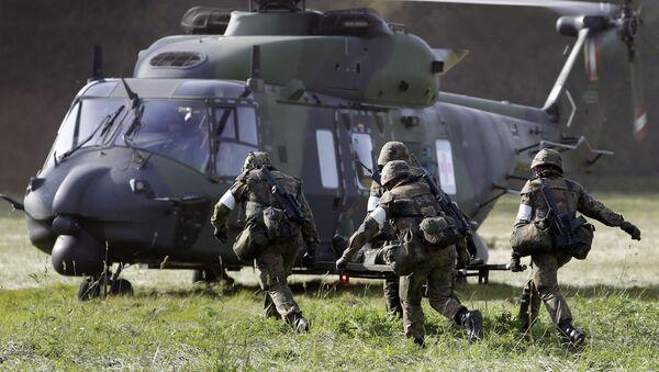 Němečtí vojáci během cvičení - Sputnik Česká republika