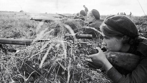 Sovětské snajperky během Velké vlastenecké války - Sputnik Česká republika