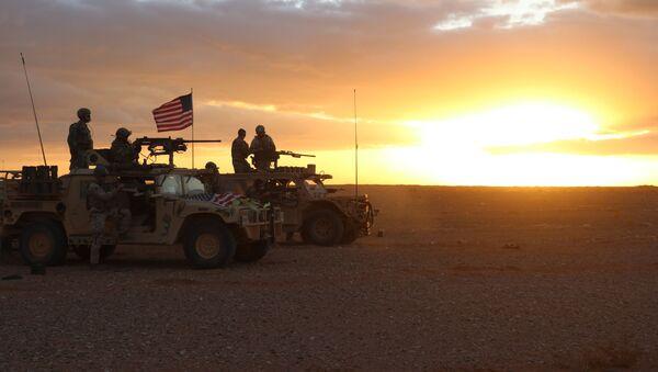 Američtí vojáci v okolí osady Al Tanf - Sputnik Česká republika