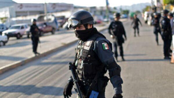 Policie v Acapulco - Sputnik Česká republika