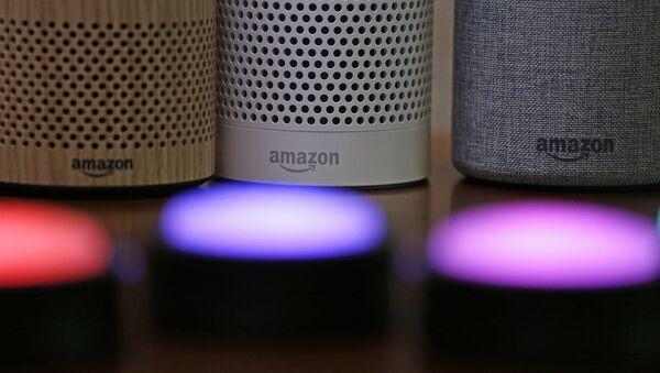 Amazon Echo - Sputnik Česká republika