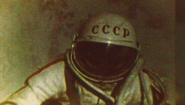 Před 53 lety Alexej Leonov poprvé vystoupil do otevřeného vesmíru - Sputnik Česká republika