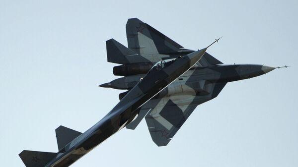 Ruský víceúčelový letoun Suchoj Su-57 - Sputnik Česká republika