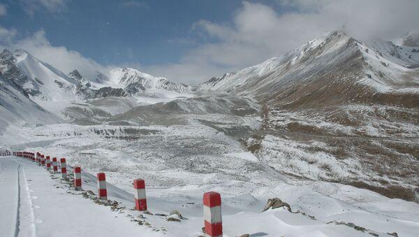 Hory v Ujgurské autonomní oblasti Sin-ťiang v Číně - Sputnik Česká republika