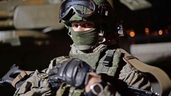 Военнослужащий на фестивале Армия России в Москве - Sputnik Česká republika