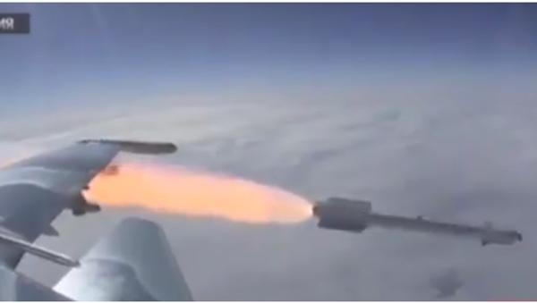 Natočili ruskou stíhačku, jak odpaluje raketu - Sputnik Česká republika