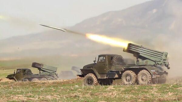 Cvičení jednotek na ruské vojenské základně v horách Tádžikistánu - Sputnik Česká republika