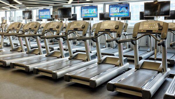 Návštěvníky fitness centra v USA evakuovali kvůli názvu Wi-Fi  sítě - Sputnik Česká republika