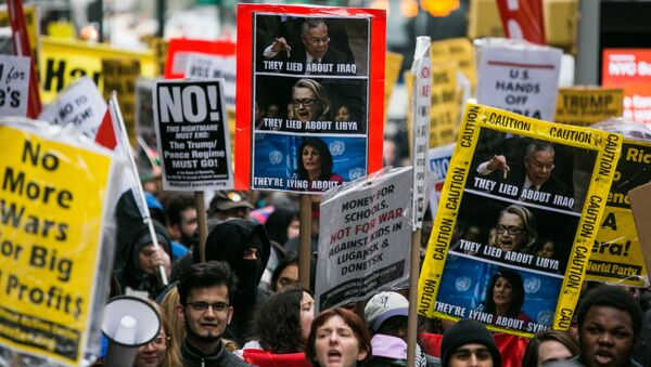 Protestní akce proti útoku na Sýrii v New Yorku - Sputnik Česká republika