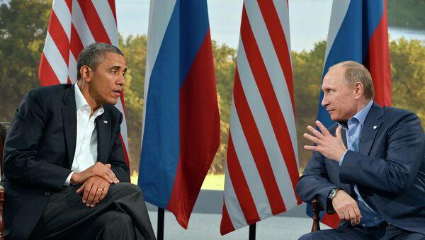 Ruský prezident Vladimir Putin a americký prezident Barack Obama - Sputnik Česká republika