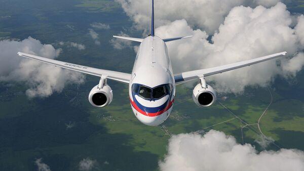 Sukhoi Superjet-100 (SSJ-100) - Sputnik Česká republika