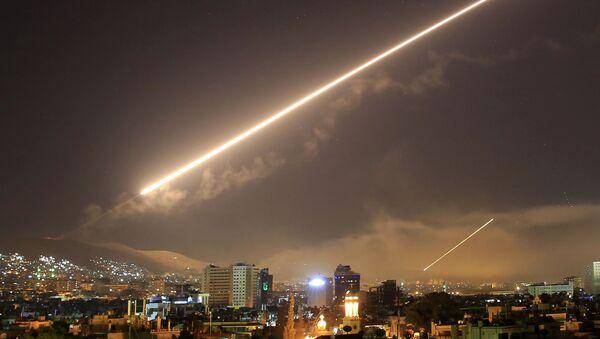Raketový útok USA na Damašek - Sputnik Česká republika