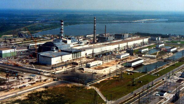 Pohled na jadernou elektrárnu v Černobylu - Sputnik Česká republika