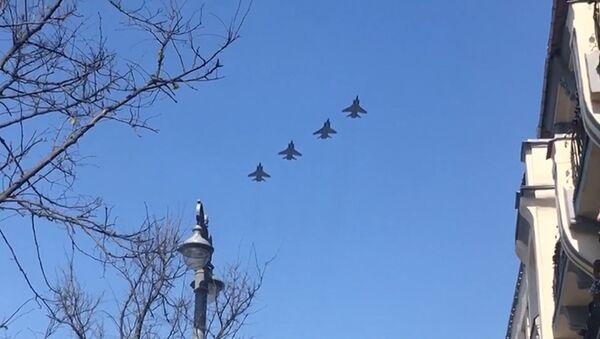 Parad letectvo - Sputnik Česká republika