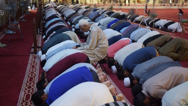 Muslimové během ramadánu - Sputnik Česká republika