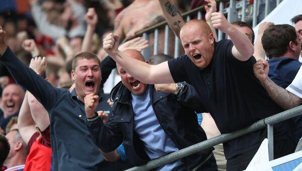 Angličtí fotbaloví fanoušci - Sputnik Česká republika