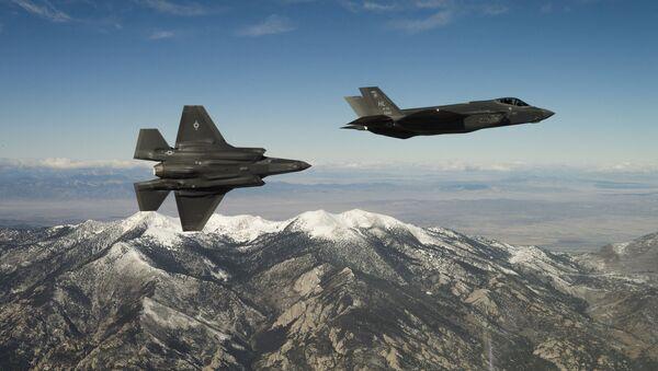 Americké stíhačky F-35A Lightning II - Sputnik Česká republika