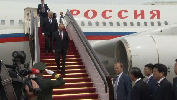 Čínský vojenský orchestr přivítal Putina Kaťušou - Sputnik Česká republika