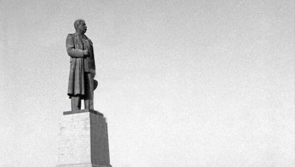 Pomník Stalinovi v Stalingradu. Ilustrační foto - Sputnik Česká republika