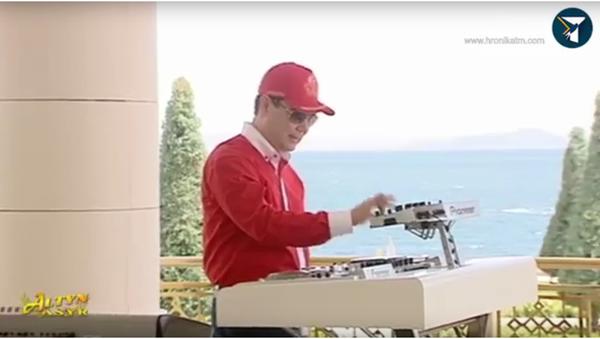 Prezident má talent: Turkmenský vůdce sestrojil auto a pak zarapoval - Sputnik Česká republika