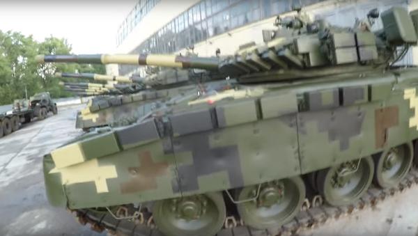 Opuštěná základna s tanky - Sputnik Česká republika
