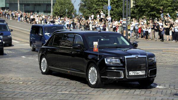 Putinův automobil Aurus Senat v Helsinikách - Sputnik Česká republika