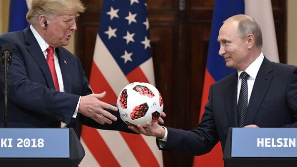 Hlava Ruska Vladimir Putin a prezident USA Donald Trump v Helsinkách - Sputnik Česká republika
